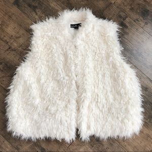 Love by Chesley Faux fur Vest